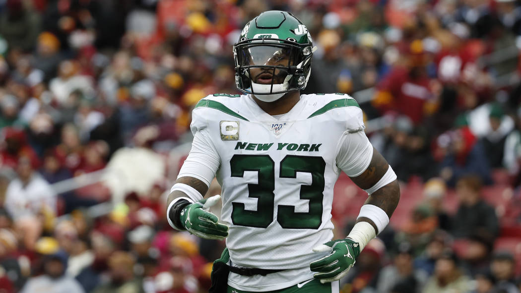New York Jets strong safety Jamal Adams (33) works against the Washington Redskins during the s ...