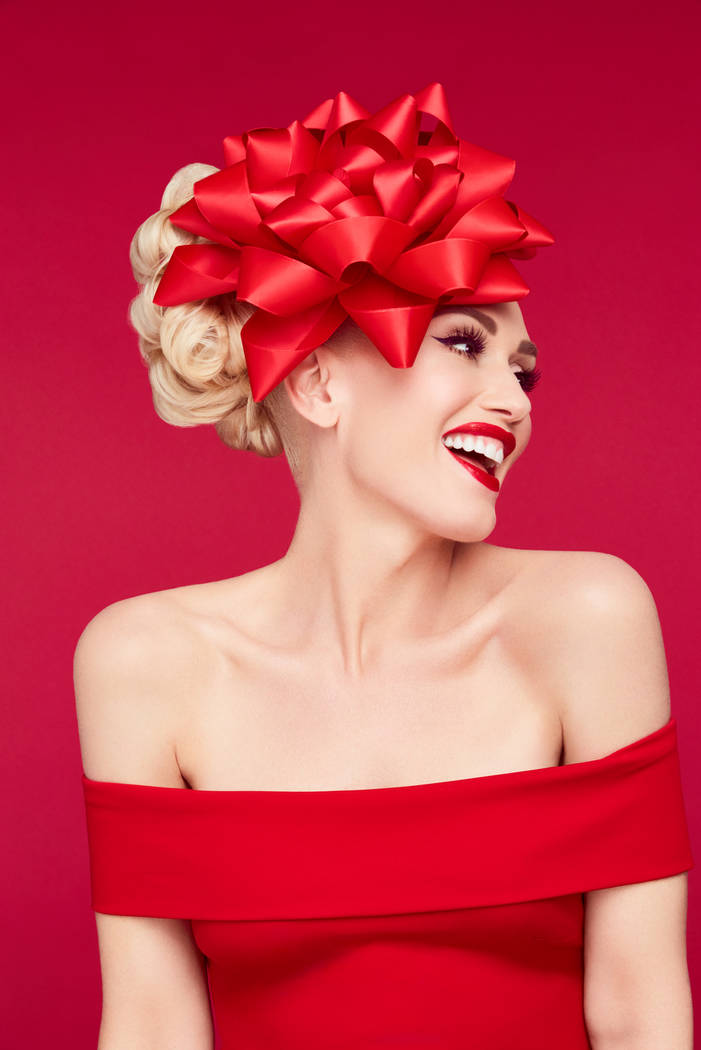 Gwen Stefani: You Make it feel like Christmas. (Jamie Nelson/NBC)