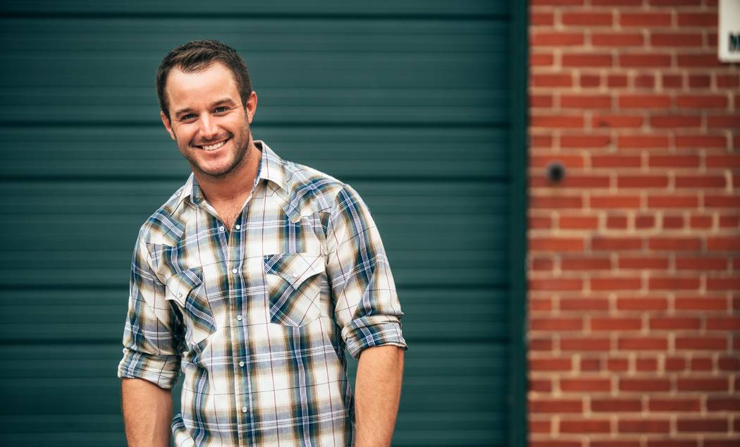 Easton Corbin performs Dec. 6 at the Mirage Race & Sports Book (MGM Resorts International)