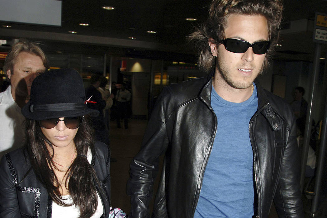 In this Thursday Sept. 7, 2006, file photo, Hollywood actress Lindsay Lohan and boyfriend, Harr ...