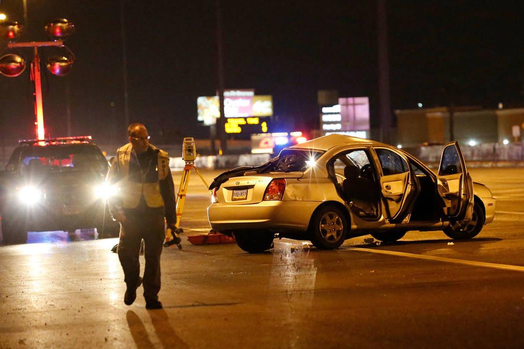Police investigate a fatal crash on U.S. Highway 95 near Lake Mead Boulevard, Thursday, Nov. 28 ...