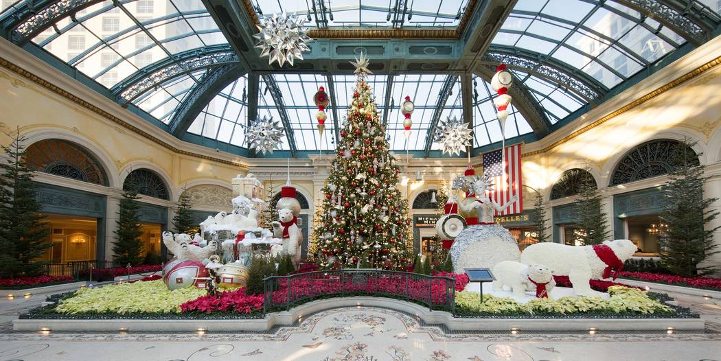 Bellagio's Conservatory & Botanical Gardens (©Kelly McKeon;KellyCreative;KellyImages)