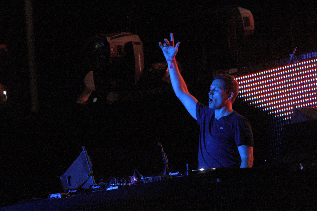 DJ Kaskade performs at the kineticFIELD on the first night of the Electric Daisy Carnival at th ...