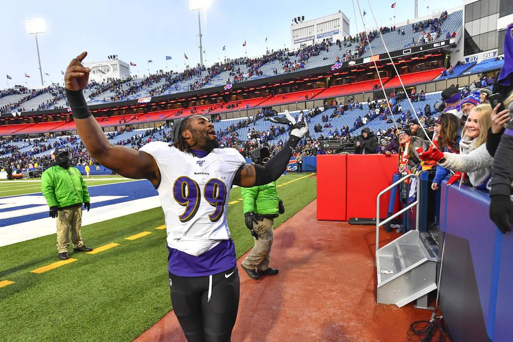 Baltimore Ravens outside linebacker Matt Judon (99) celebrates a 24-17 win over the Buffalo Bil ...