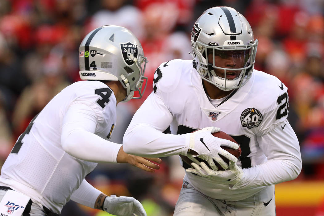 Raider RB Josh Jacobs cleared to resume practice