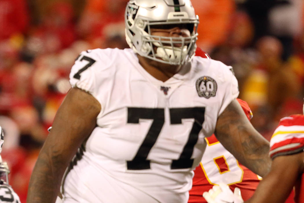 Raiders Trent Brown not yet cleared to practice