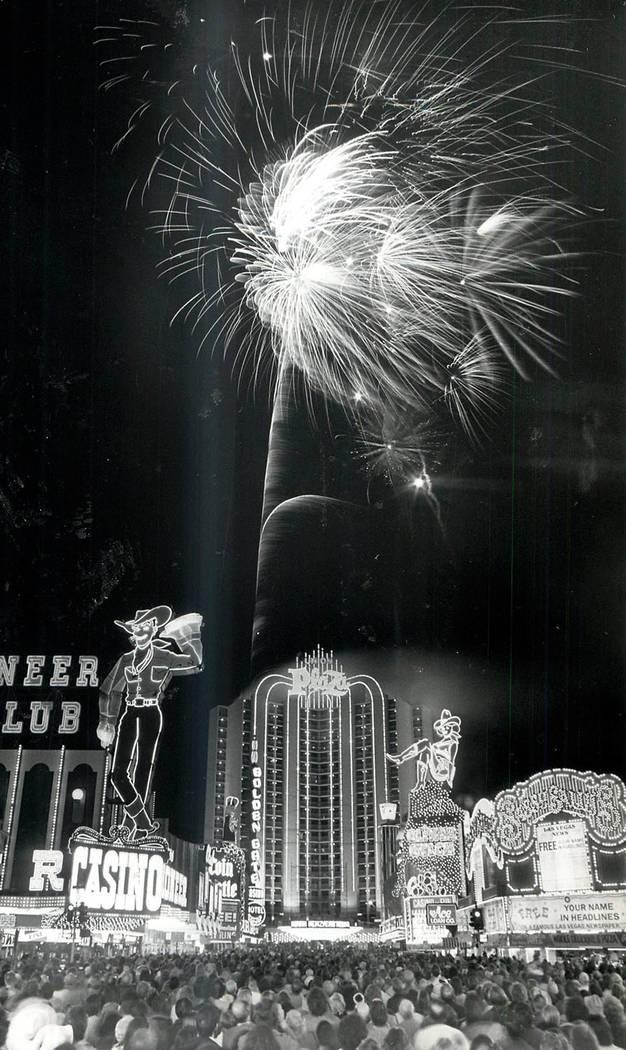 New Year's Eve 1982 arrives on Fremont Street. (Scott Henry/Las Vegas Review-Journal)