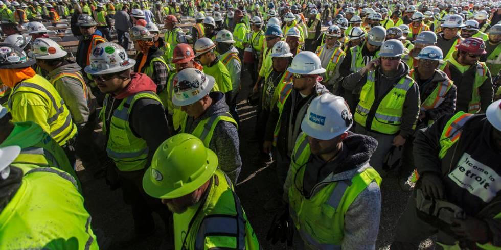 Construction continues on Allegiant Stadium on Thursday, Dec. 19, 2019, in Las Vegas. (Benjamin ...
