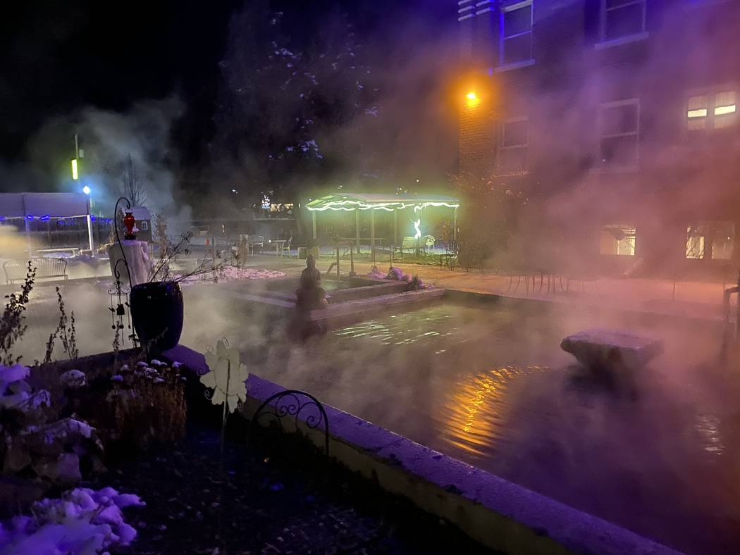 The Aztec Pool at night at Lava Hot Springs Inn. (John Katsilometes/Las Vegas Review-Journal) @ ...