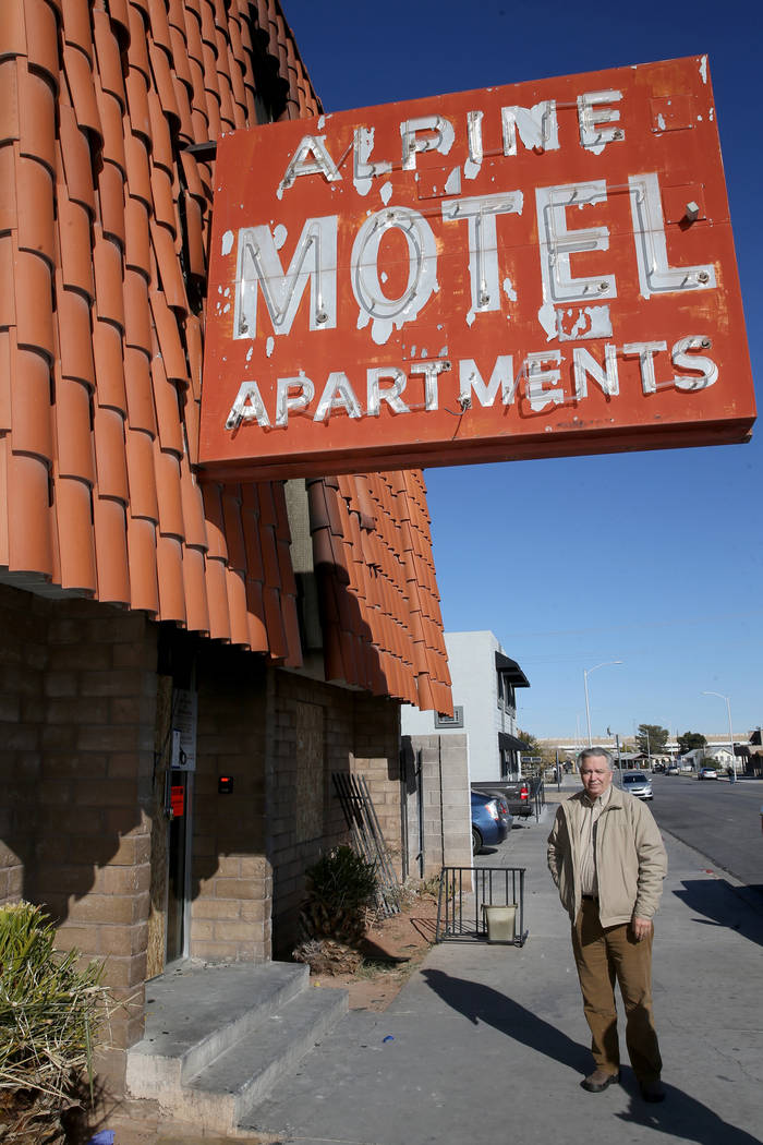 Donald Walford talks to a reporter at the Alpine Motel Apartments in downtown Las Vegas on Mond ...