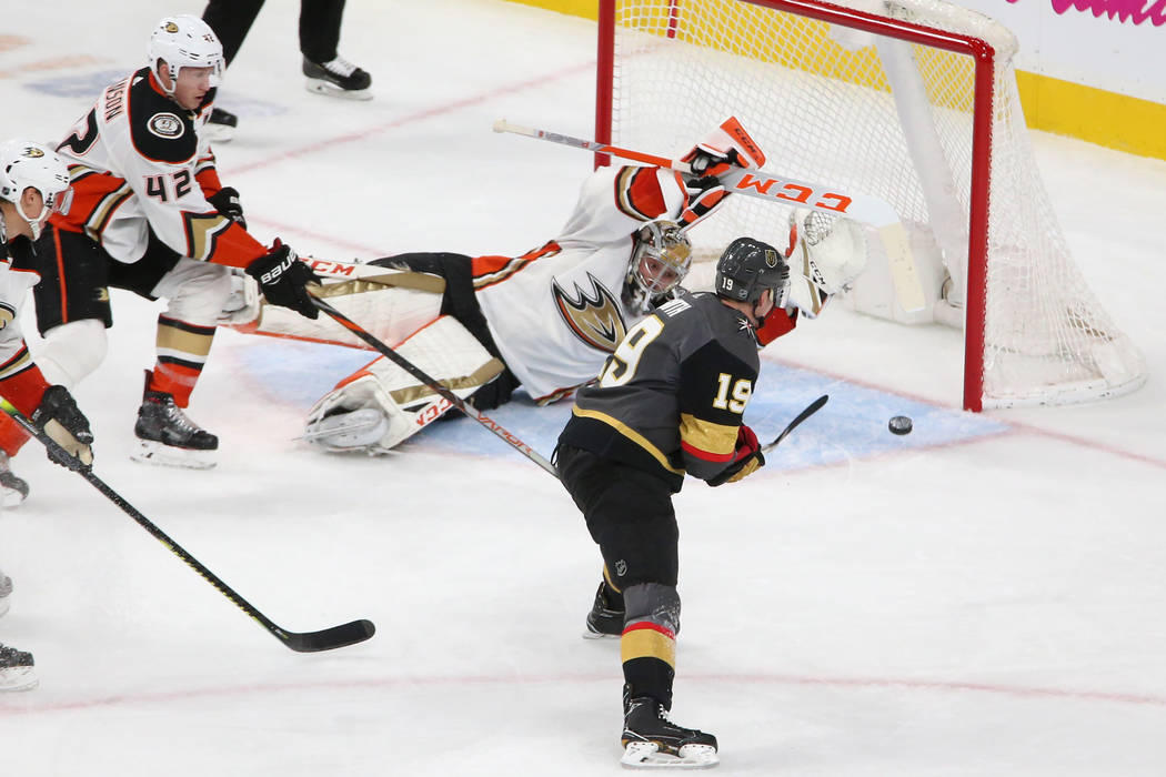 Vegas Golden Knights right wing Reilly Smith (19) shoots for a score against the Anaheim Ducks ...