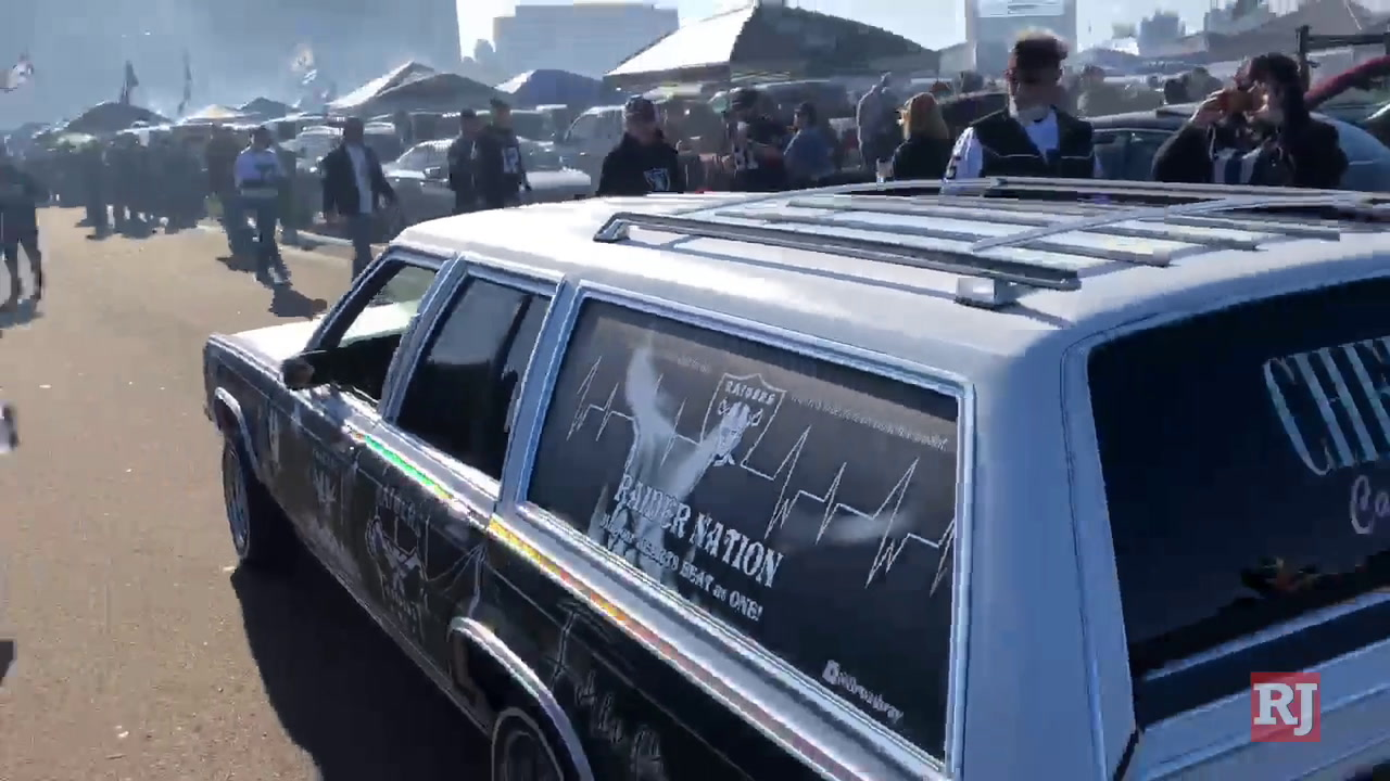 Raiders fans tailgate at last game in Oakland...