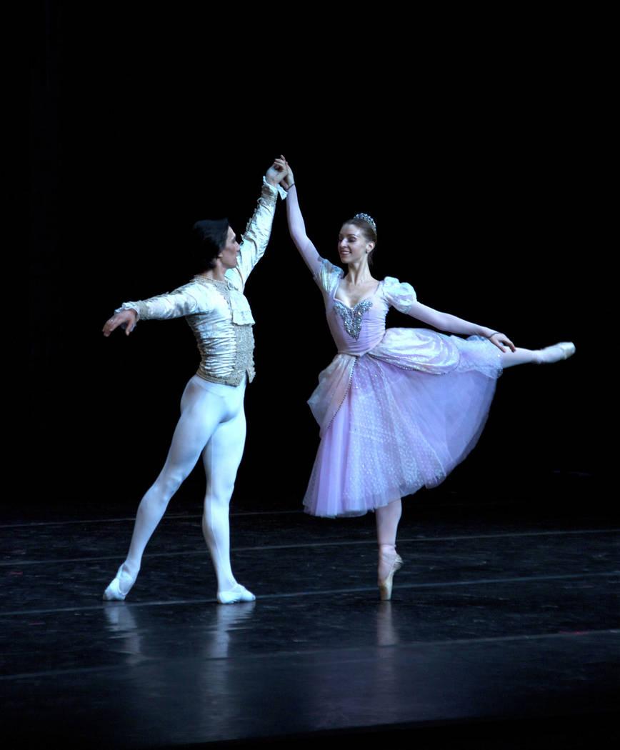 "Russian National Ballet's ""Cinderella"" (Alexander Daev)"