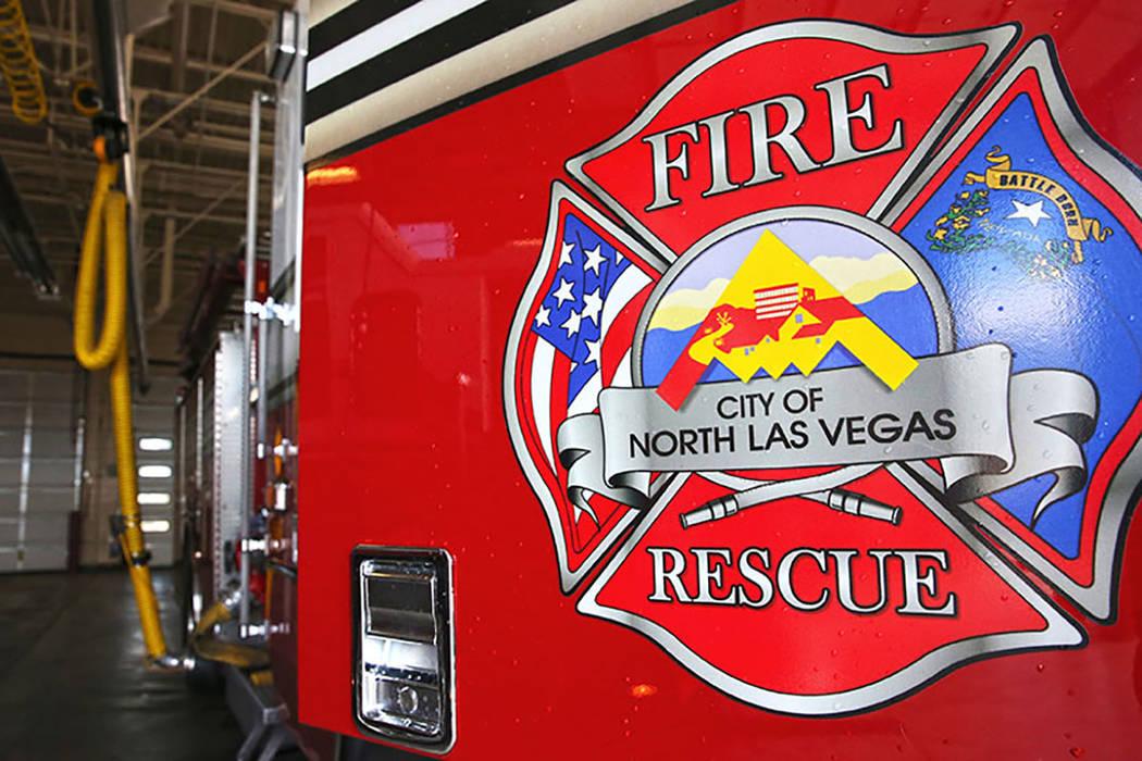 A North Las Vegas fire engine. (Benjamin Hager/Las Vegas Review-Journal) @benjaminhphoto