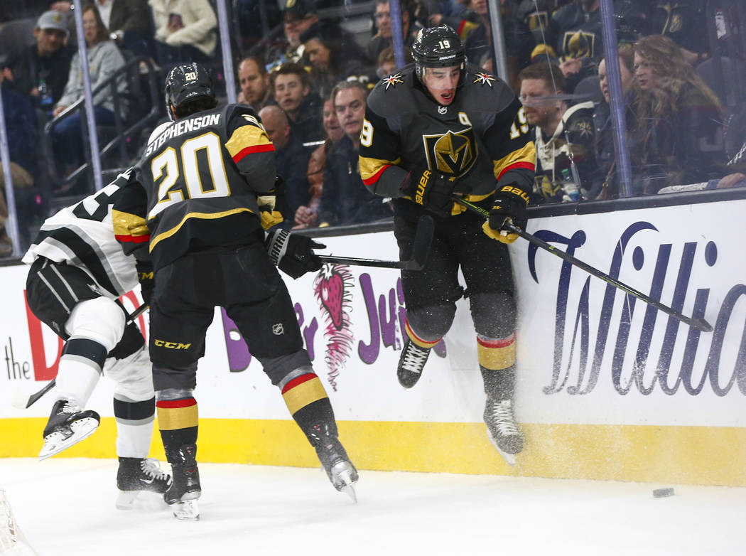 Golden Knights' Reilly Smith (19) follows the puck during the first period of an NHL hockey gam ...
