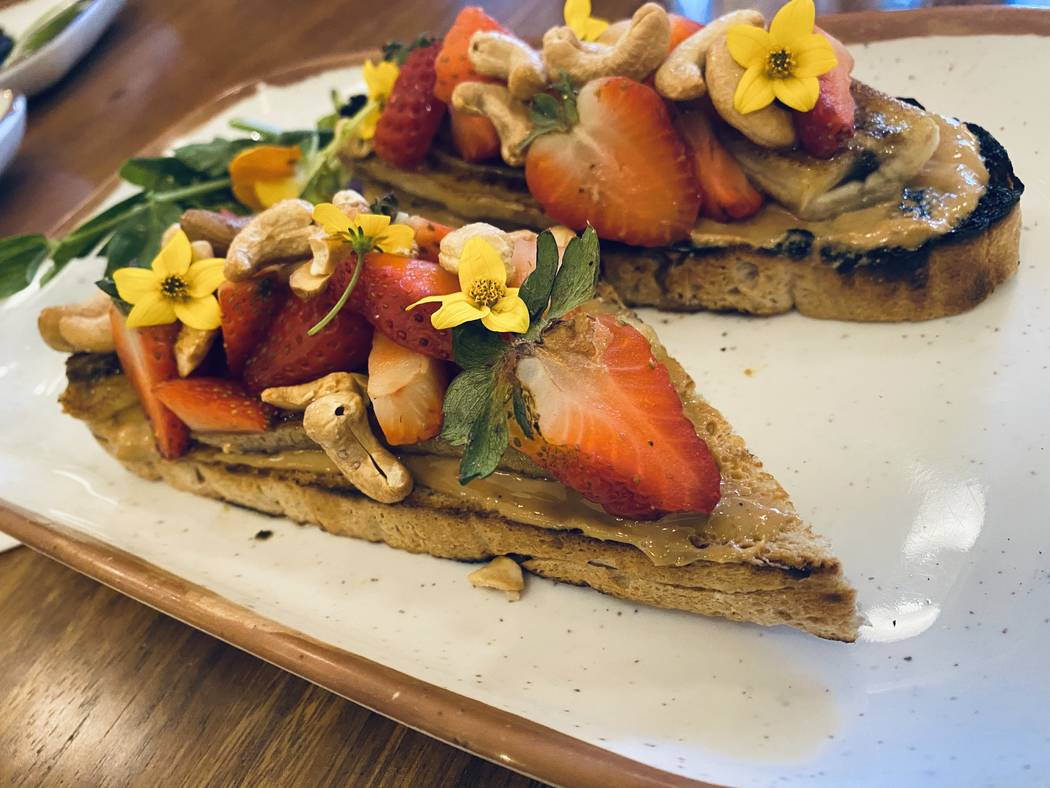 Organic cashew butter toast at Turth & Tonic. (Al Mancini/Las Vegas Review-Journal)