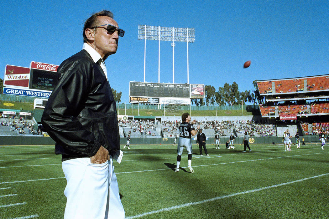FILE - In this Saturday, Aug. 26, 1989 file photo, Raiders owner Al Davis watches Los Angeles R ...