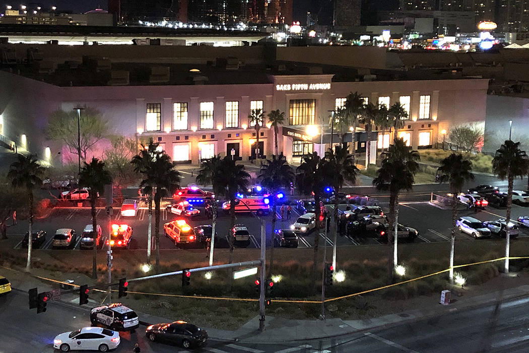 Las Vegas police converge near the Saks entrance at Fashion Show mall on Tuesday, Jan. 21, 2020 ...