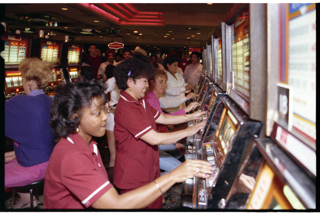 Dunes employee participate in a slot tournament on the hotel's last day. (Las Vegas Review-Jour ...