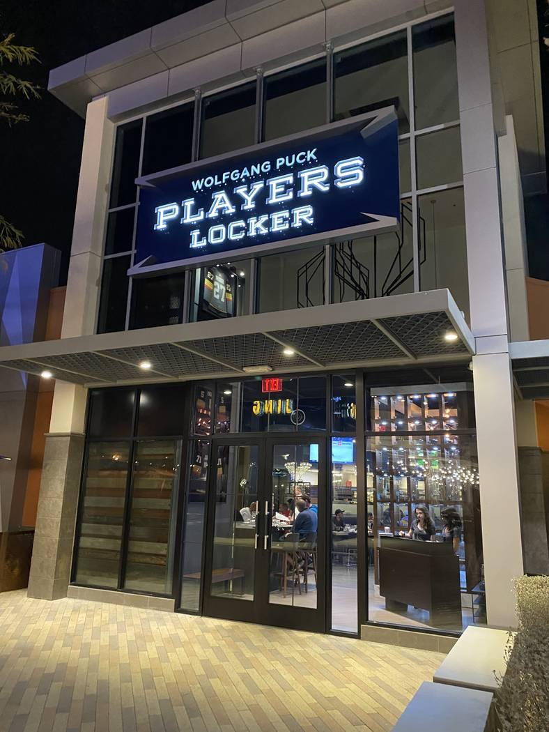 The exterior of Wolfgang Puck Players Locker in Downtown Summerlin. (Al Mancini/Las Vegas Revie ...