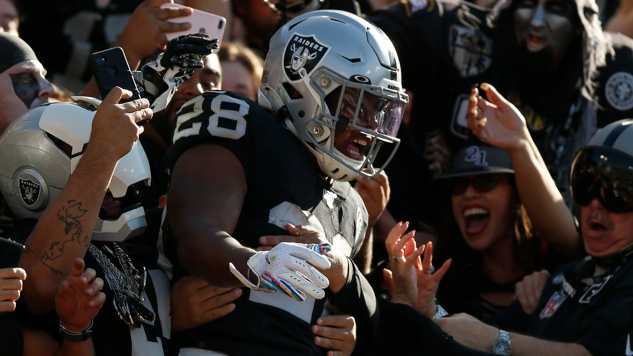 Raiders Josh Jacobs named Offensive Rookie of the...