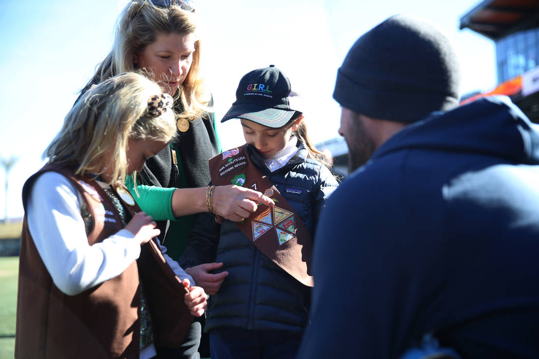 Chicago Cubs player Kris Bryant meets 7-year-olds Audrey Neal, right, and Audrey Shaw, of the G ...