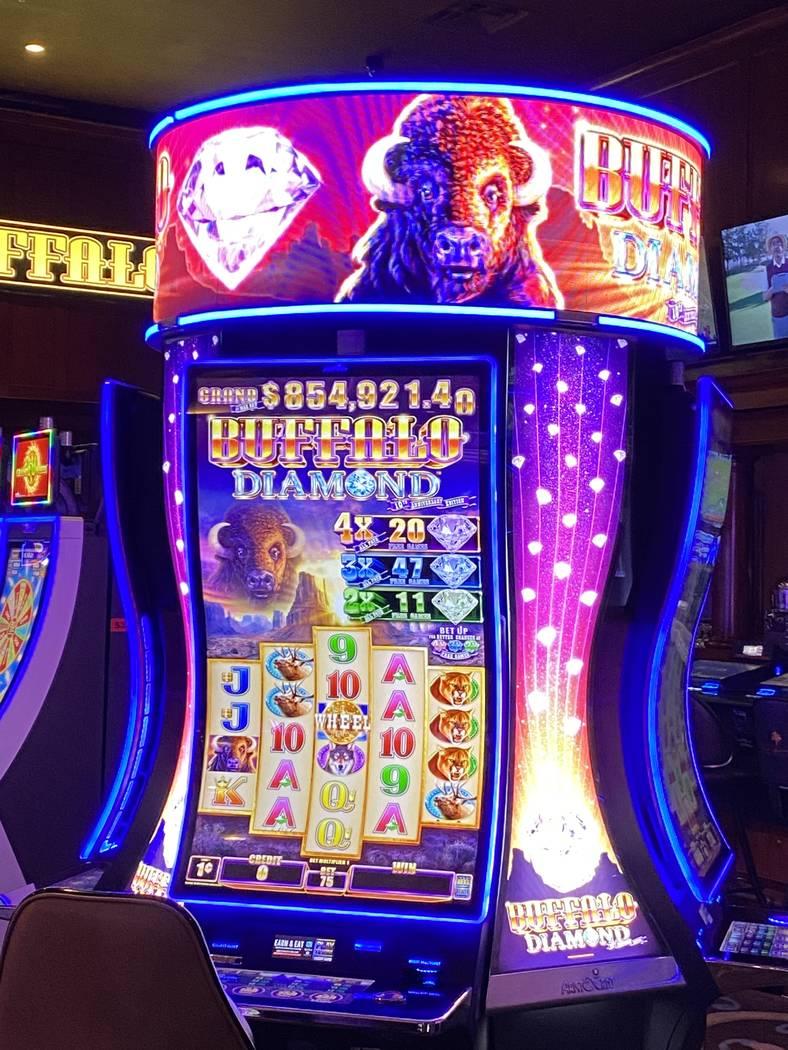 Buffalo Diamond slot machine at Rampart Casino in Summerlin. (Al Mancini Las Vegas Review-Journal)
