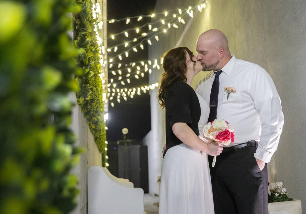 Las Vegas Weddings Rebranding The Wedding Destination Video Las Vegas Review Journal