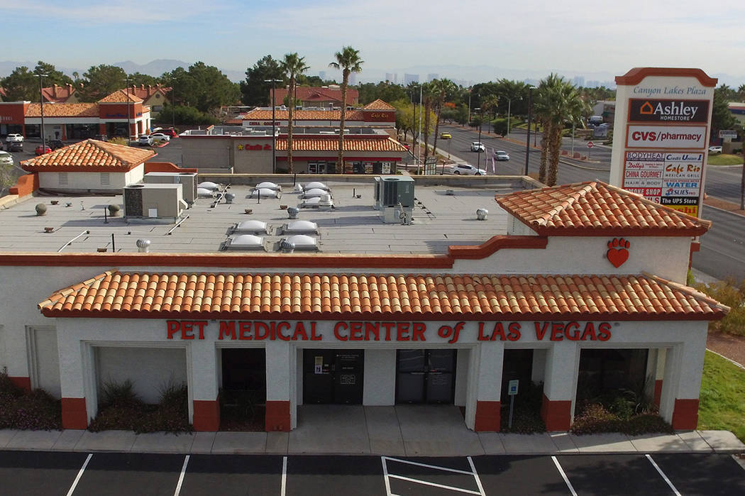 A vacant building, formerly a pet hospital, at 9140 West Sahara Ave., is seen on Thursday, Dec. ...
