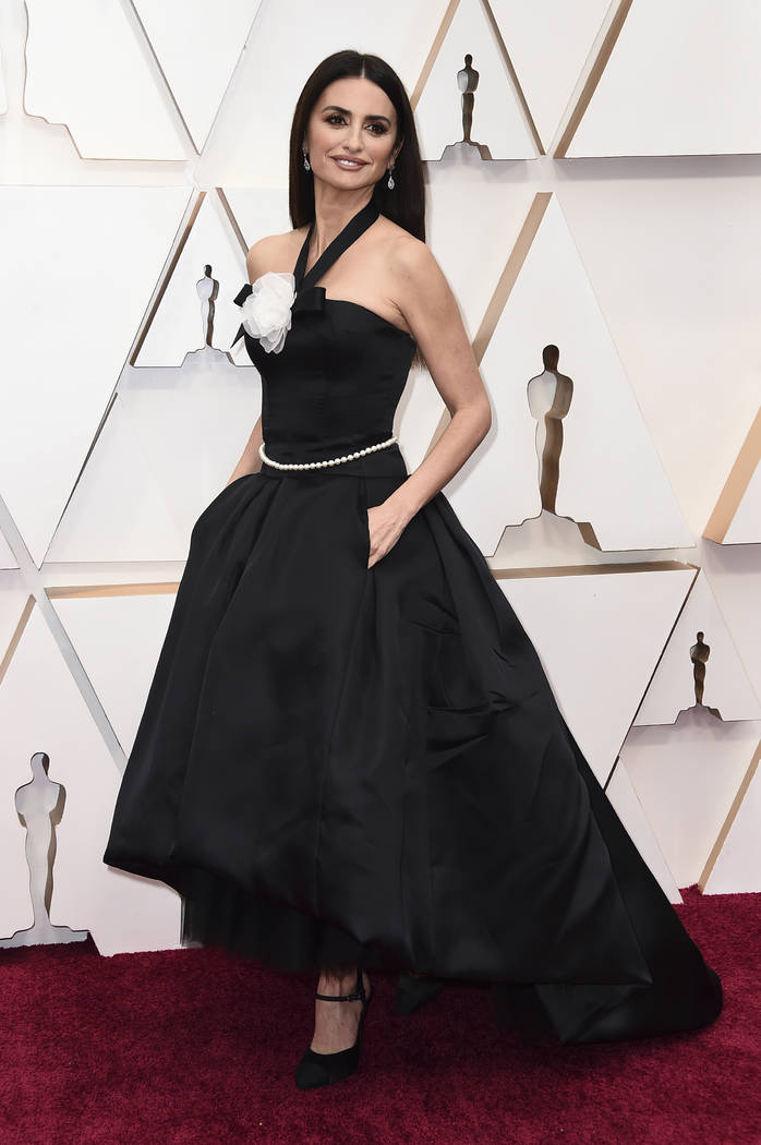 Penelope Cruz arrives at the Oscars on Sunday, Feb. 9, 2020, at the Dolby Theatre in Los Angele ...