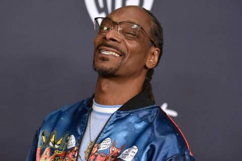 Snoop Dogg arrives at the InStyle and Warner Bros. Golden Globes afterparty at the Beverly Hilt ...