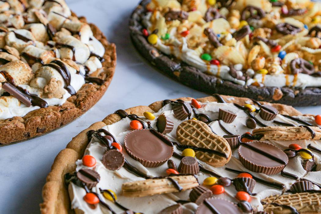 Assorted cookie pizzas at PizzaCake (PizzaCake)