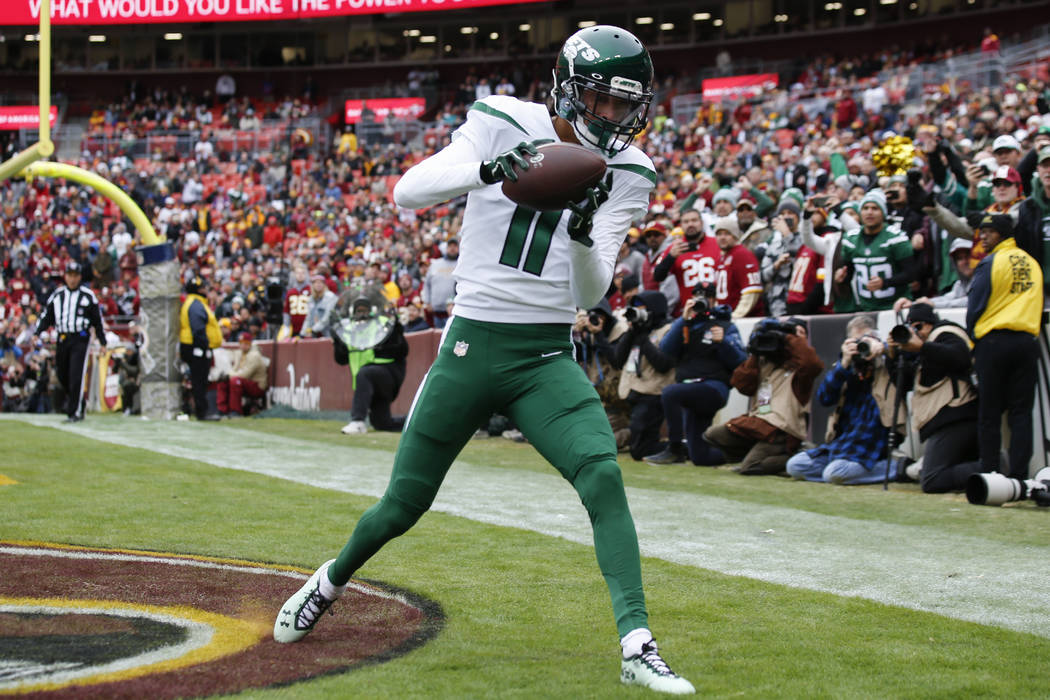 New York Jets wide receiver Robby Anderson (11) catches a touchdown in the first half of an NFL ...