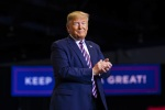 Trump caps western swing with campaign rally in Las Vegas