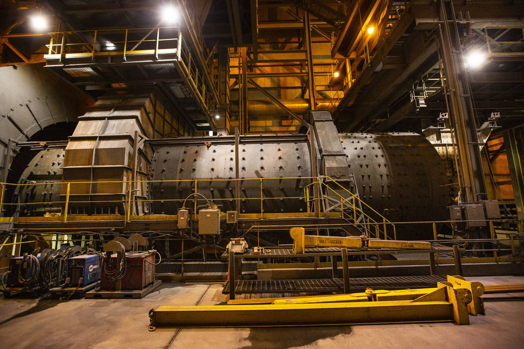 A view of a 10,000 horsepower wraparound motor on one of two dry grinding double rotator mills ...