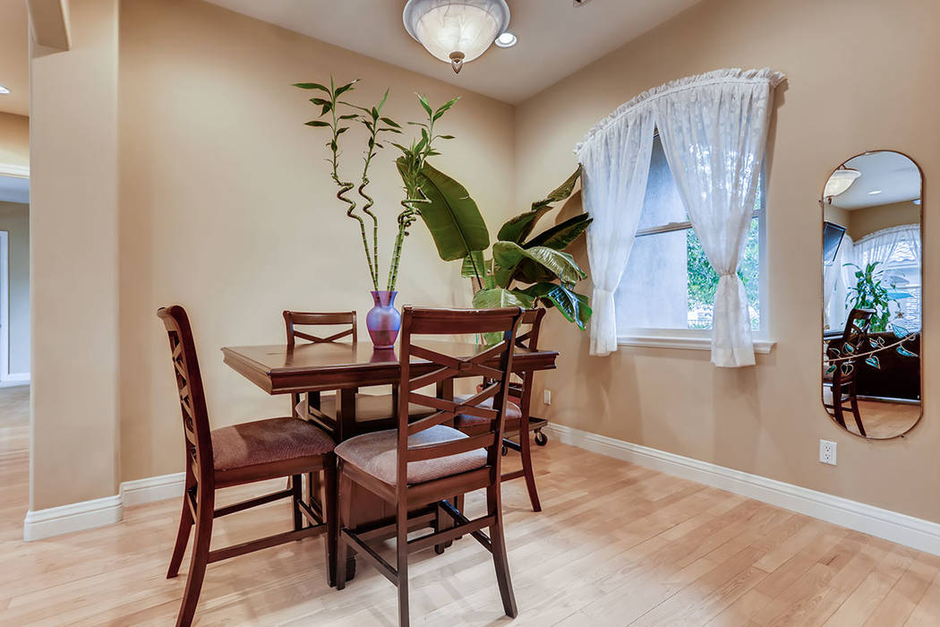 The dining area in the guesthouse. (Berkshire Hathaway HomeServices)