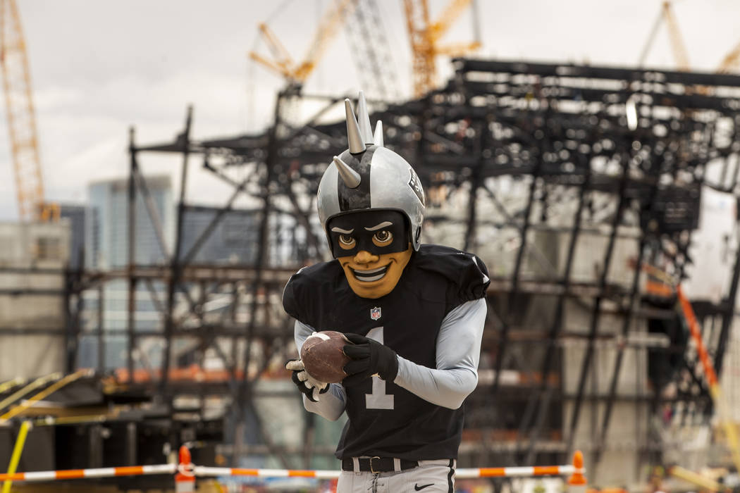 Oakland Raiders 2016 Stripe Primetime Backpack