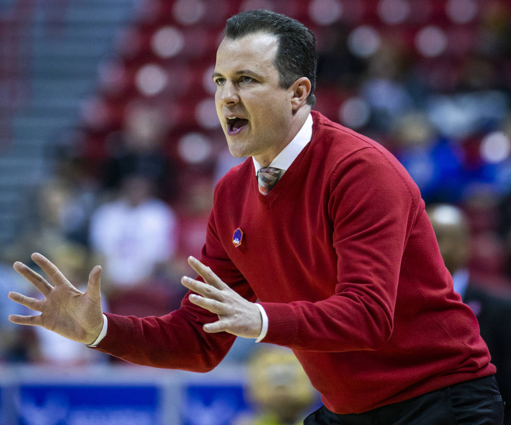 New Mexico Lobos head coach Paul Weir counsels his players to slow down versus the San Jose Sta ...
