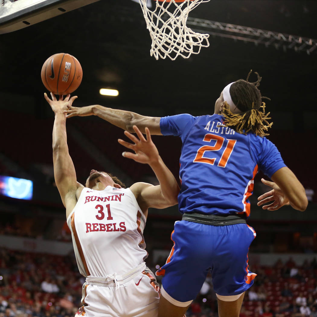 UNLV Rebels guard Marvin Coleman (31) shoots the ball for a score against Boise State Broncos g ...