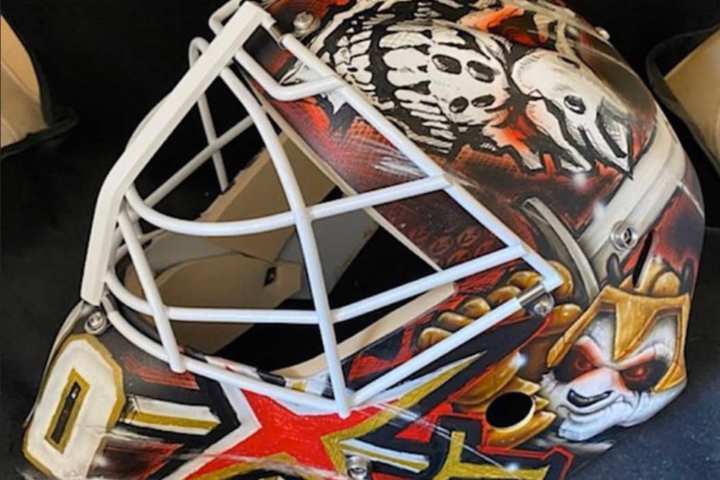 Robin Leher's Golden Knights mask. (@GoalieGearNerd/Twitter)