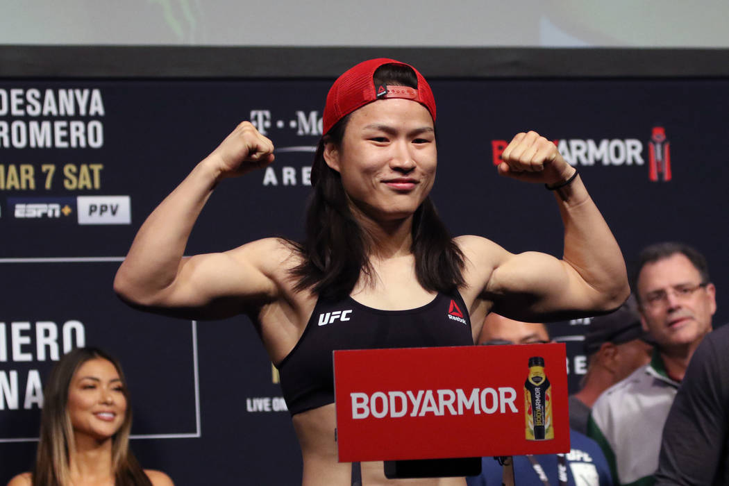 Girl with big tits behing coby covington in ufc Ufc S Zhang Weili Joanna Jedrzejczyk To Settle Feud Las Vegas Review Journal
