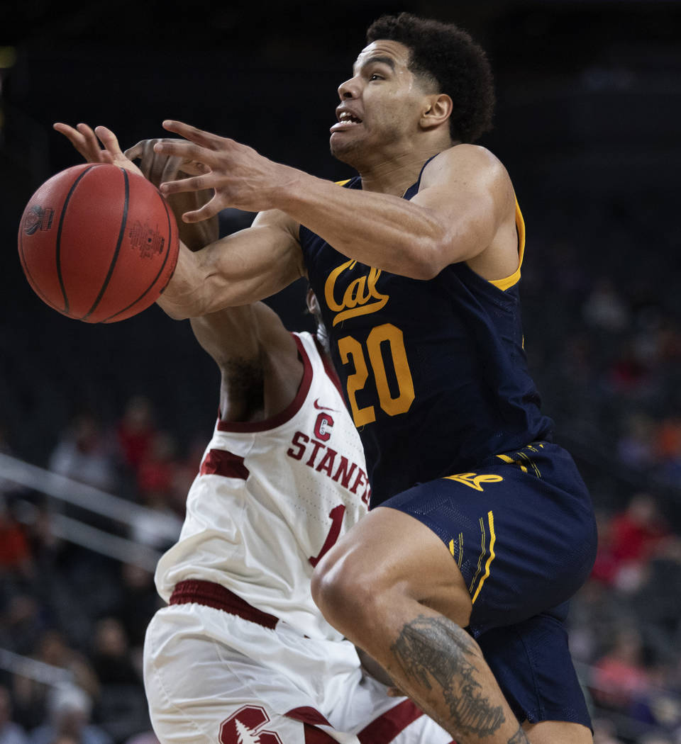 University of California, Berkely's guard Matt Bradley (20) goes up for a point against Stanfor ...