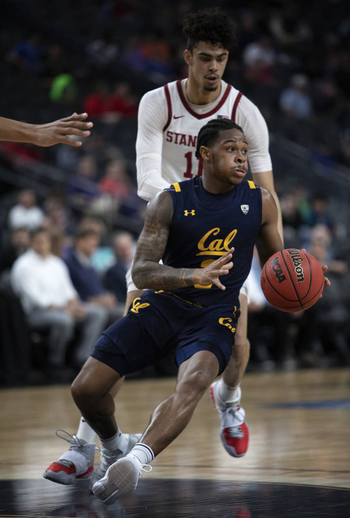 University of California, Berkely's guard Paris Austin (3) dribbles down the court during the g ...