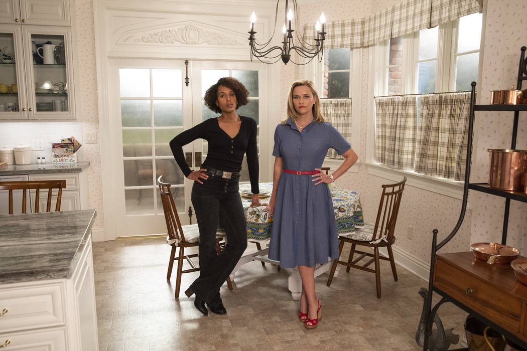 """Kerry Washington and Reese Witherspoon star in """"Little Fires Everywhere."""" (Hulu)"""