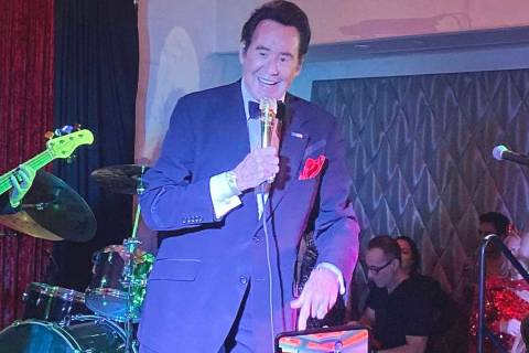 Wayne Newton performs at the Stirling Club at Turnberry Place, Oct. 30, 2019. (John Katsilomete ...