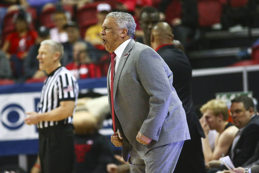 UNLV Rebels head coach Marvin Menzies reacts during the first half of a quarterfinal game again ...