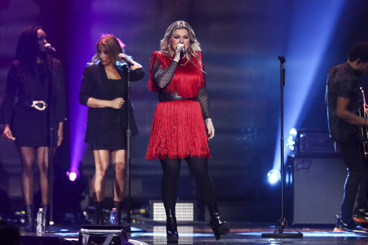 Kelly Clarkson performs at the 2018 iHeartRadio Music Festival Day 2 held at T-Mobile Arena on ...