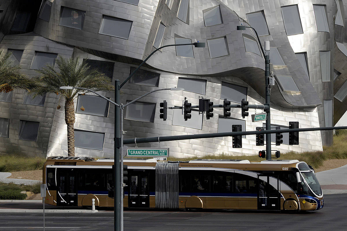 An RTC Transit bus cruises past the Cleveland Clinic Lou Ruvo Center for Brain Health at the in ...