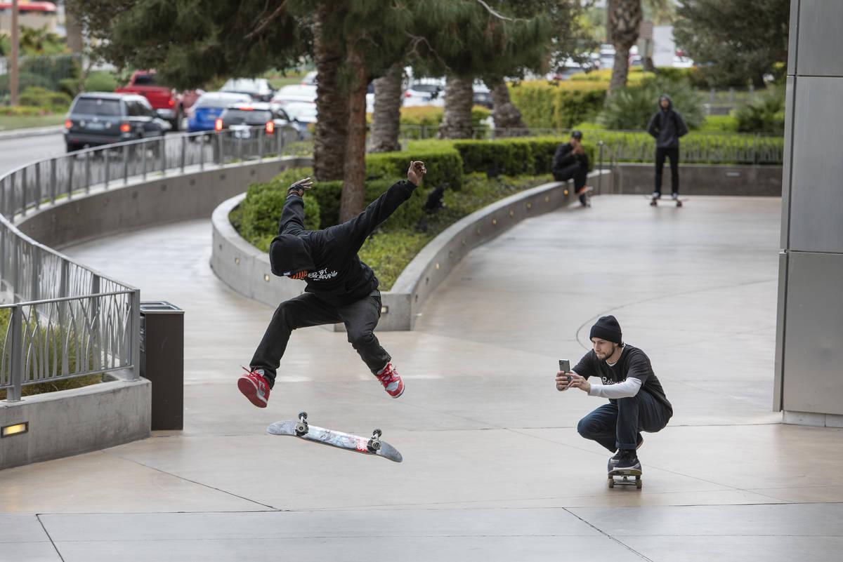 Skateboarders took advantage of the empty Strip on Wednesday, March 18, 2020, in Las Vegas. (El ...