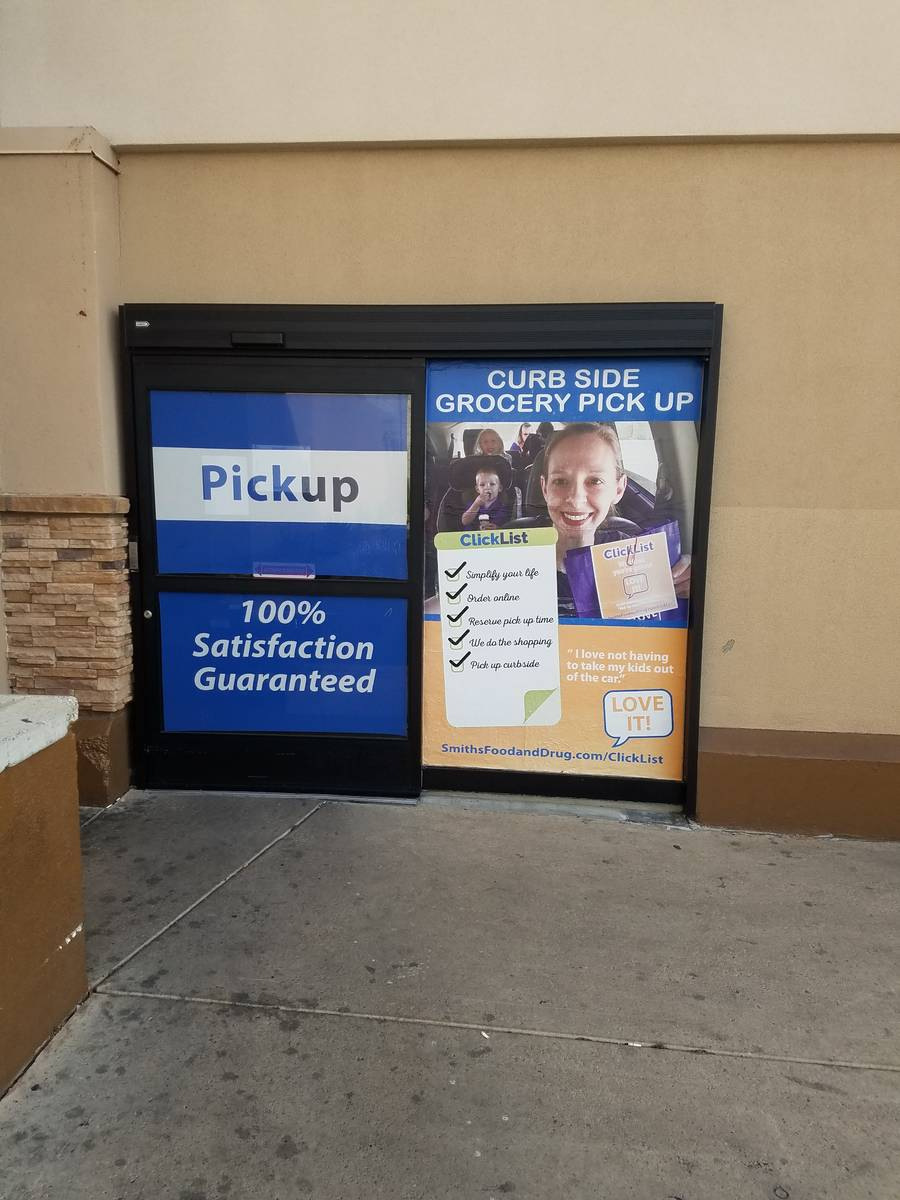 Smith's advertises its pickup order service Thursday, March 19, 2020, in Henderson. (Heidi Knap ...